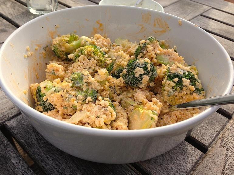 Broccoli bulgur salat