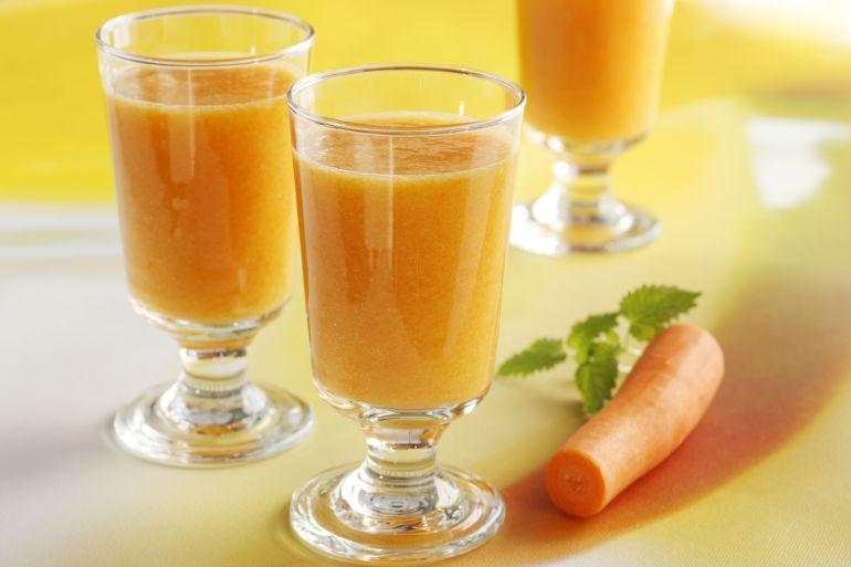 smoothie_med_mango_og_gulrot